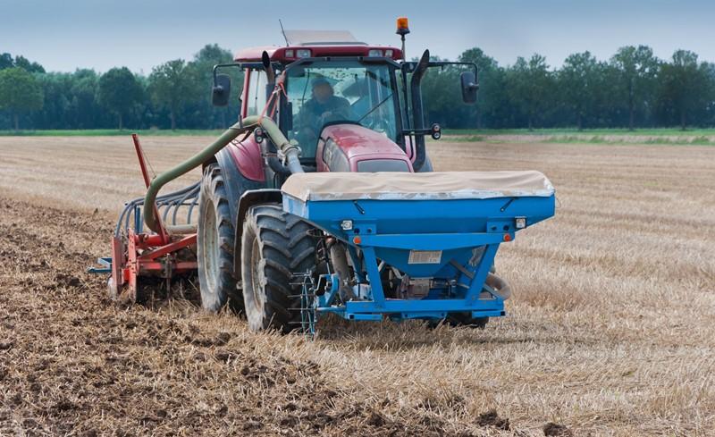 Denk aan registratieplicht landbouwvoertuigen