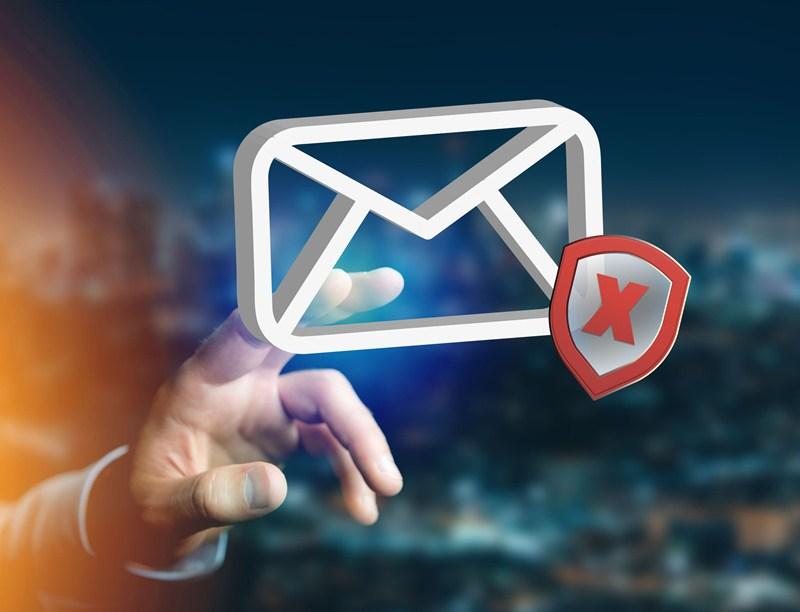 HMRC phishing emails warning